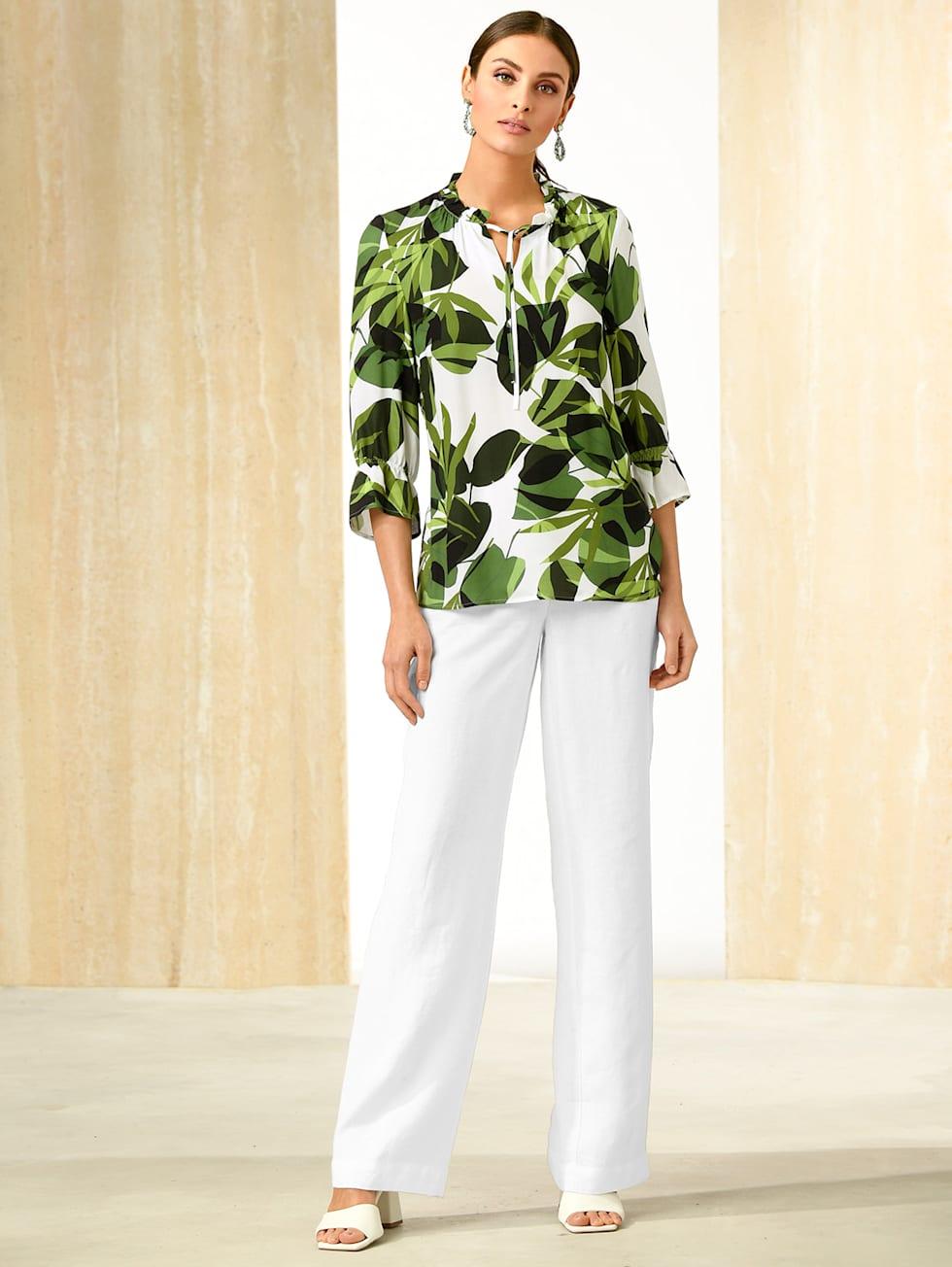 Tropical Elegance