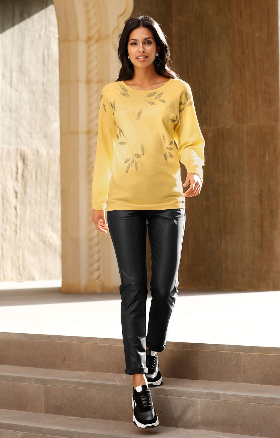 Home_HW20_KW38_39_Trendoutfit_Black&Yellow_Outfit