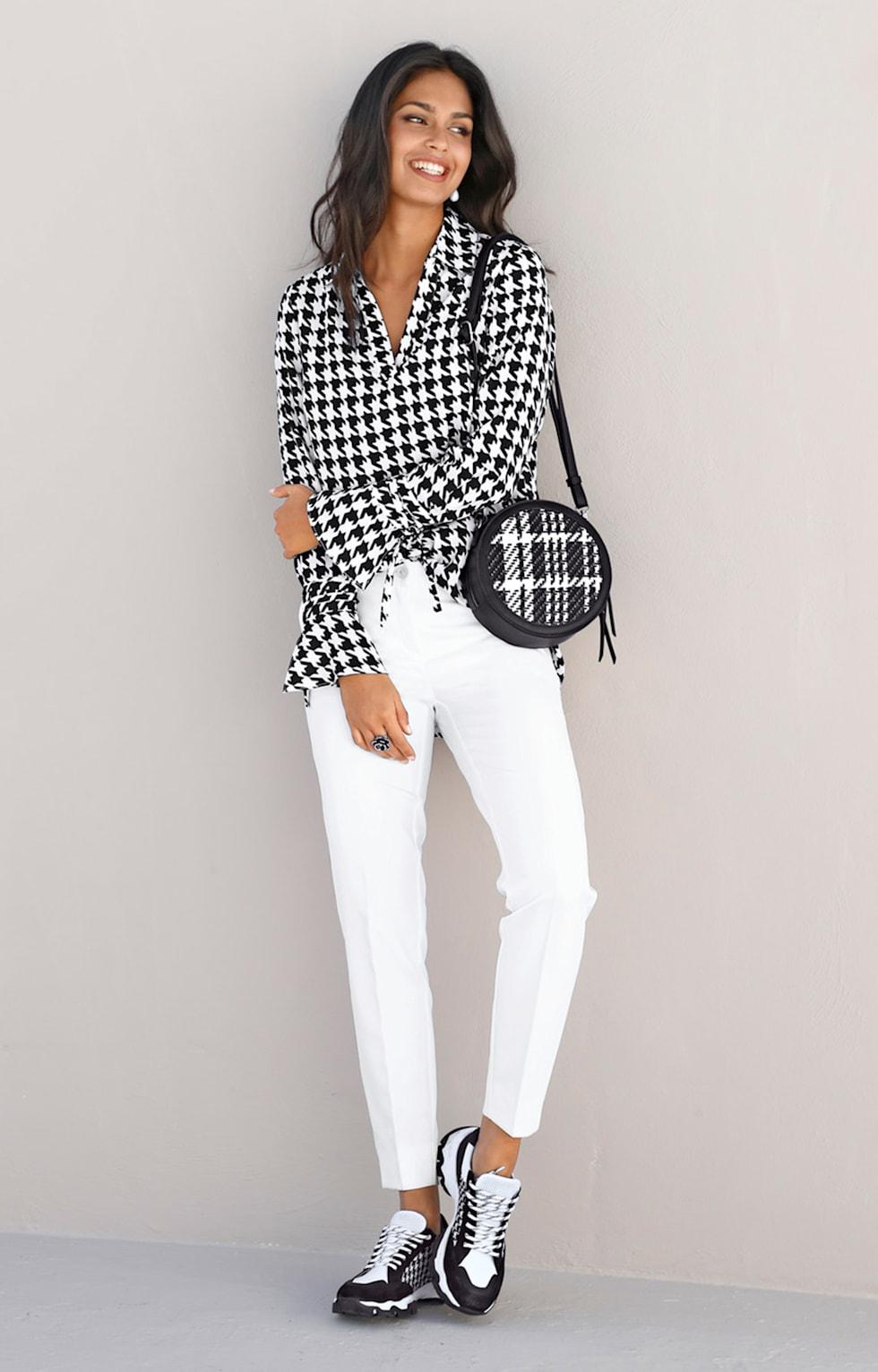 Home_HW20_KW27_28_Trendoutfit_Starke Kontraste_Outfit