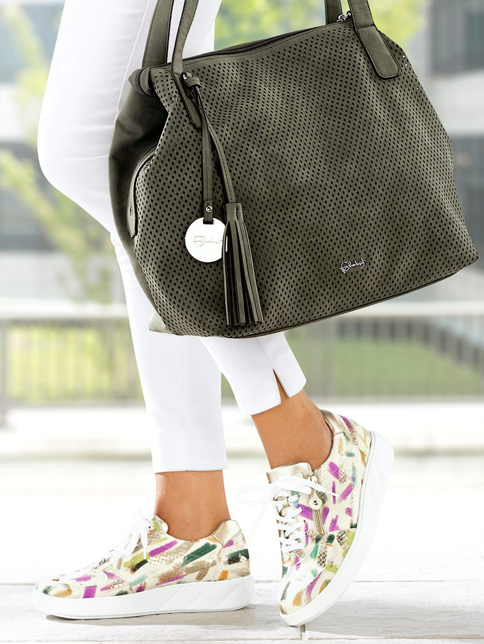 Outfit bunt