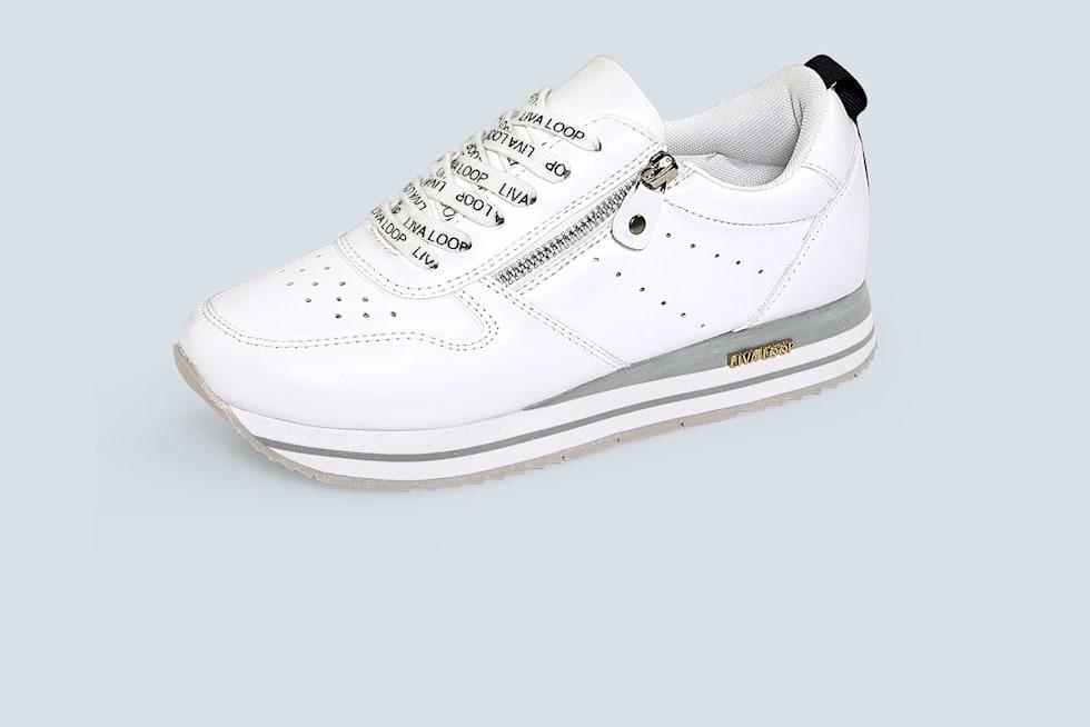 Home_FS21_KW14_16_1_2_Bildteaser_Sneaker