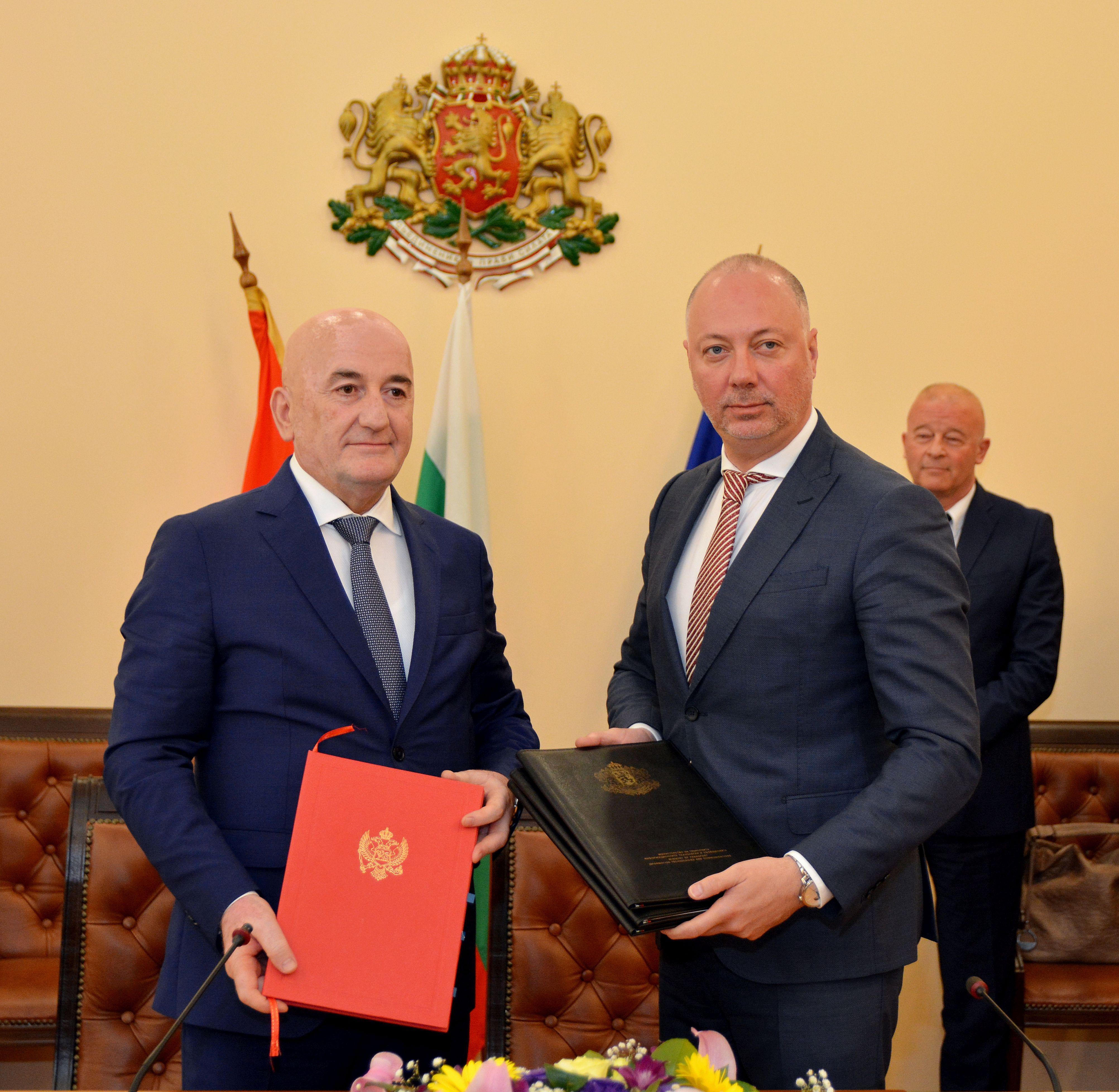 Отпадат СЕМТ разрешителните за транспорт до Черна гора