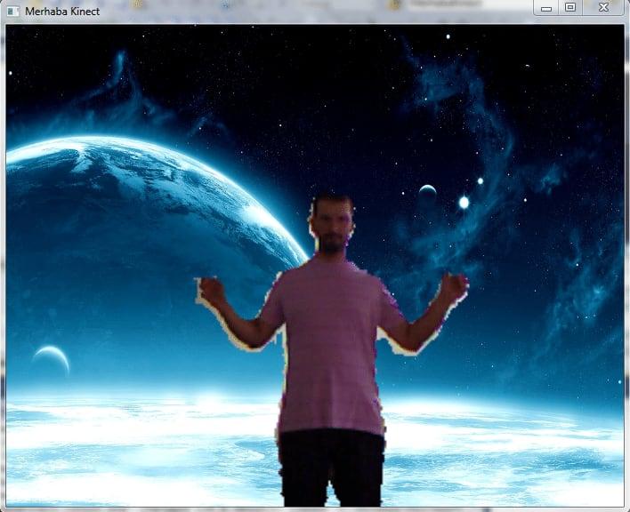 Uygulamamızı çalıştırmamız sonrasında Kinect sensörleri önüne geçitiğimizde uzaya çıkmış olacağız
