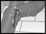 Verstopfungen im Fallrohr reinigen wir mittels mech. Rohrreinigungs-Spirale