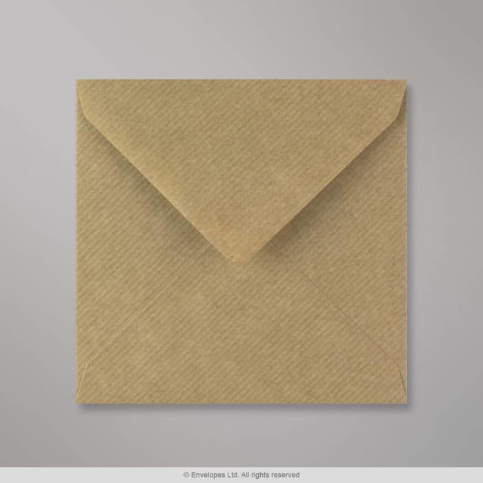 Ruskeajuovallinen kirjekuori 130x130 mm