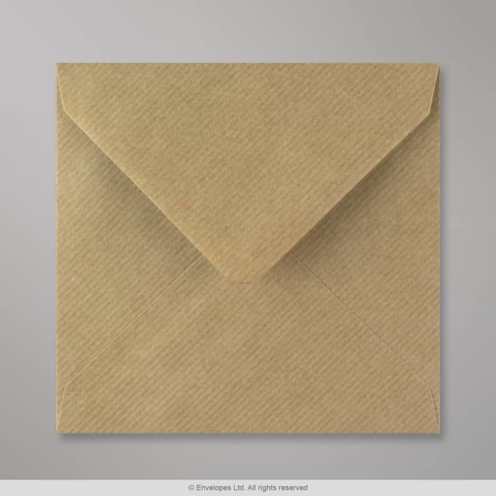 Ruskeajuovallinen kirjekuori 140x140 mm