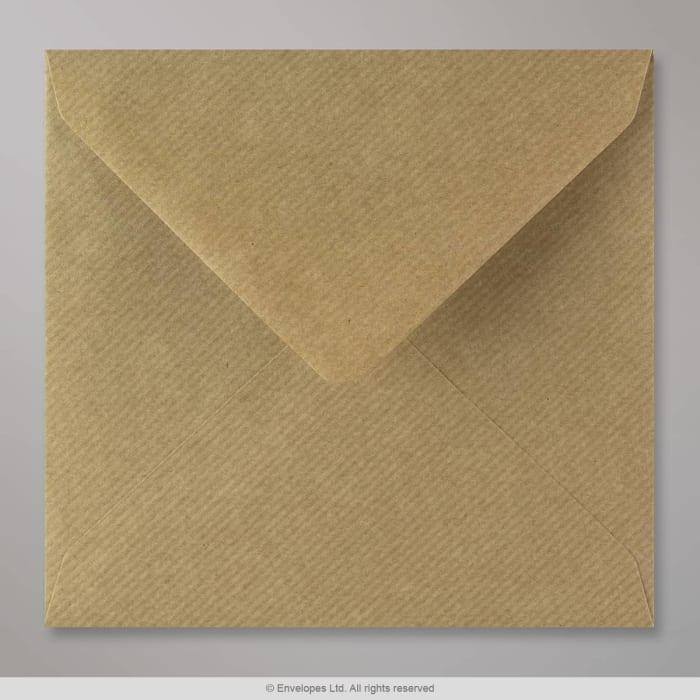 Ruskeajuovallinen kirjekuori 155x155 mm