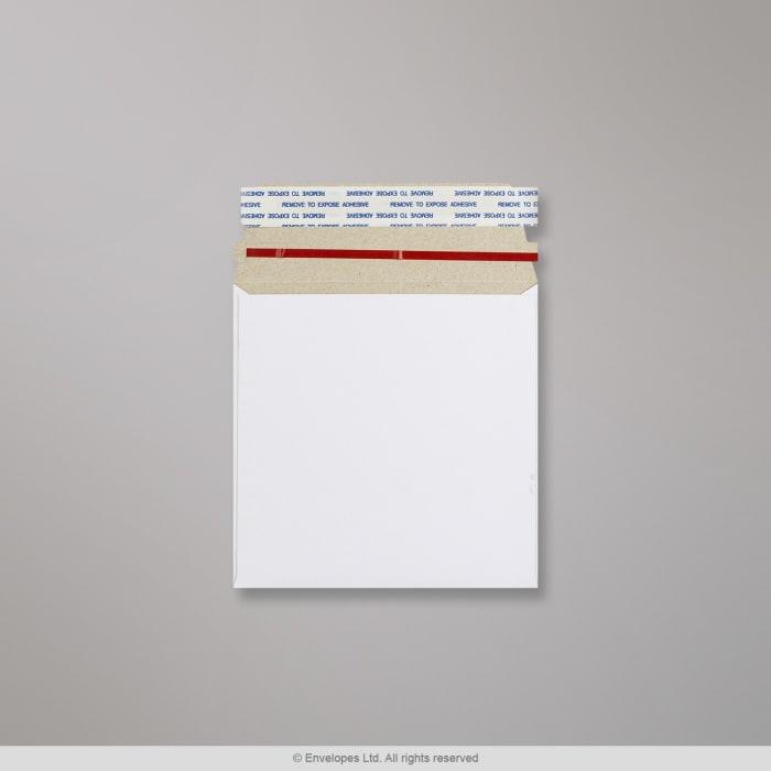 Enveloppe blanche tout en carton 140x140 mm