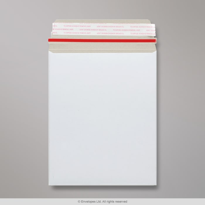 Sobre blanco de cartón de 239x164 mm