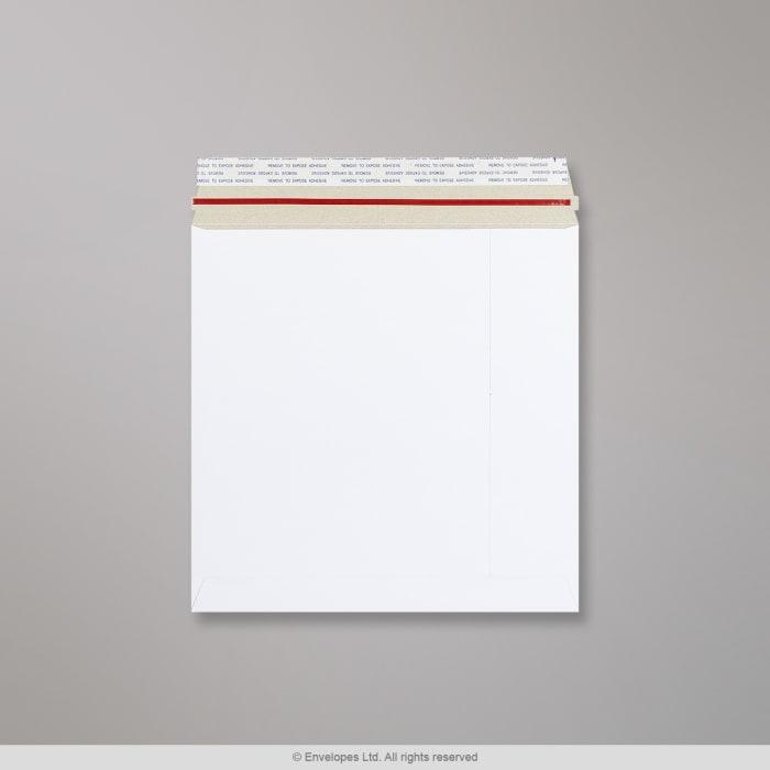 Sobre blanco de cartón de 260x260 mm