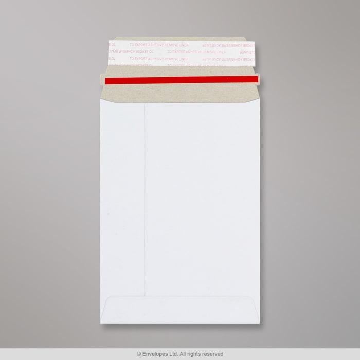 Sobre blanco de cartón de 162x114 mm (C6)