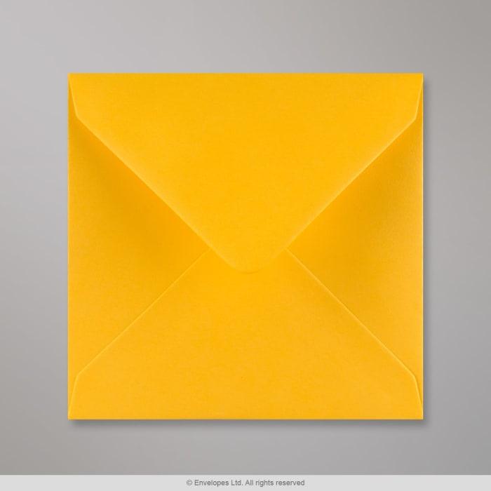 Goldgelber Briefumschlag 140x140 mm
