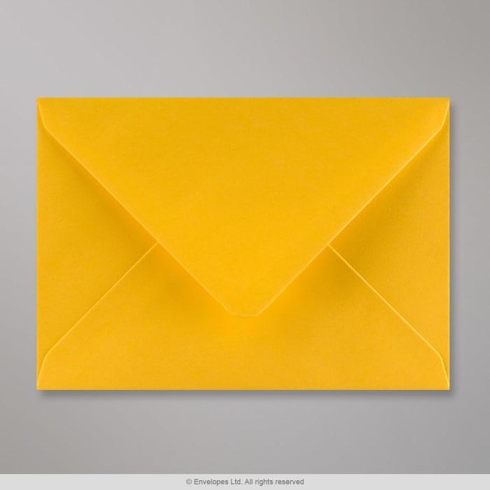 114x162 mm (C6) Goudgeel Envelop