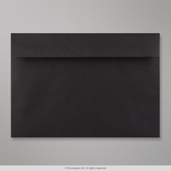 Musta kirjekuori 162x229 mm