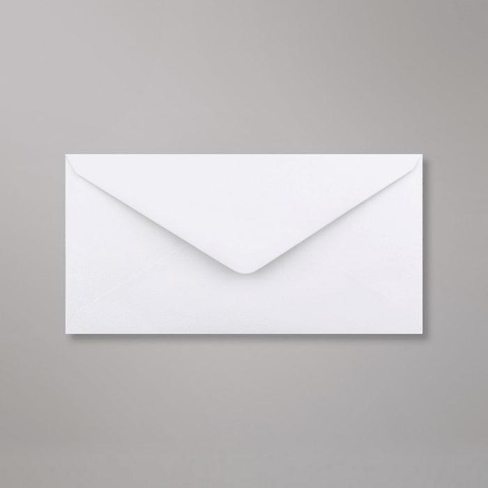 Valkoinen kudottupaperinen kirjekuori 110x220 mm (DL)