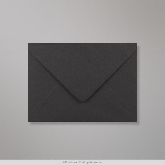 Sobre Clariana negro de 133x184 mm