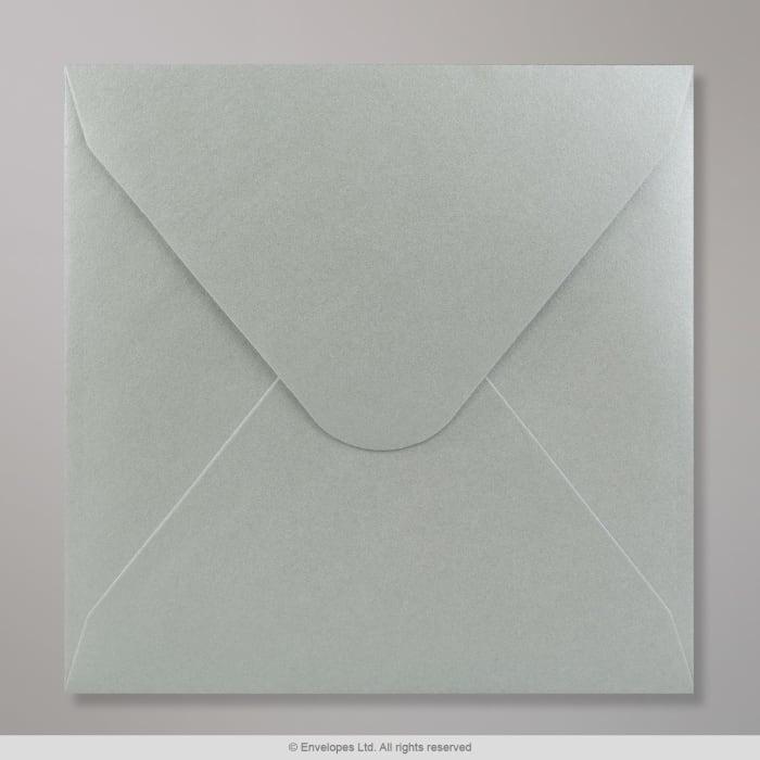 Hopeanvärinen kirjekuori 155x155 mm