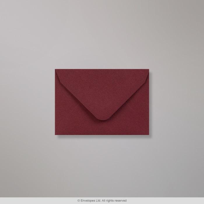 Clariana, purppuranvärinen kirjekuori 65x94 mm