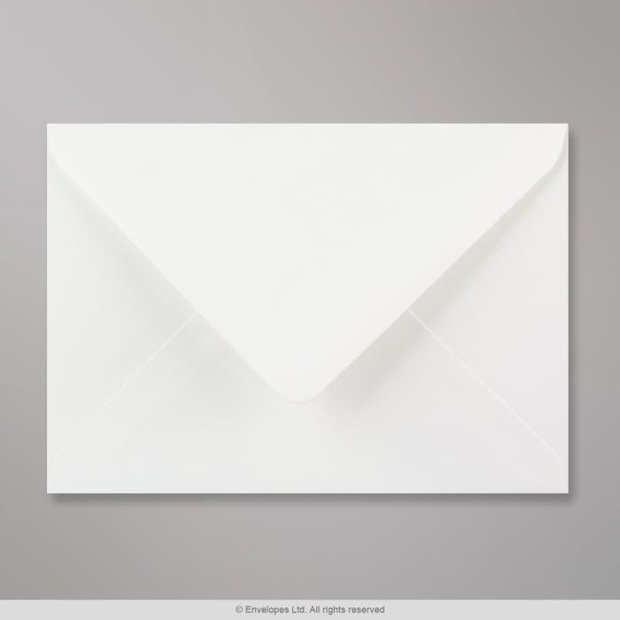 Bílá strukturovaná obálka 125x175 mm
