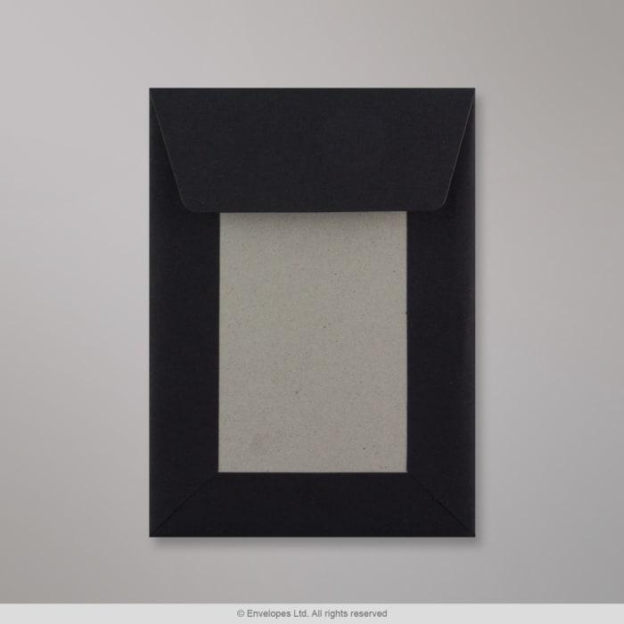 162x114 mm (C6) Čierna obálka s kartónovou zadnou stenou