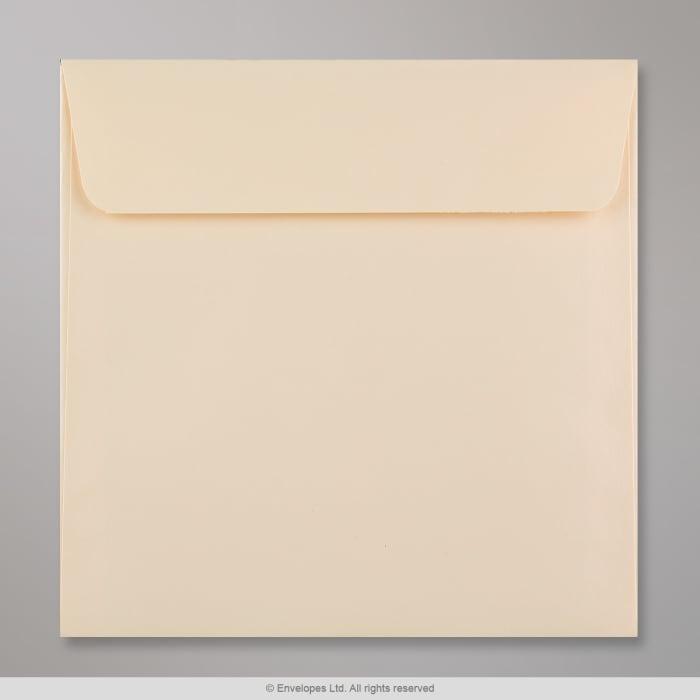 Magnolienfarbener Clariana Briefumschlag 155x155 mm
