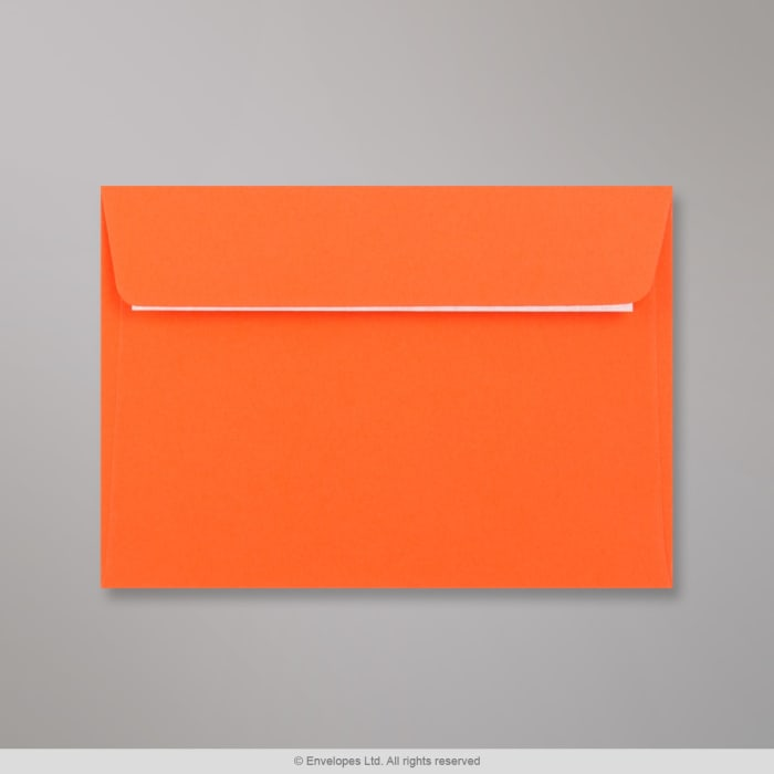 Clariana, oranssi kirjekuori 114x162 mm (C6)