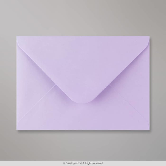133x184 mm Lila envelop