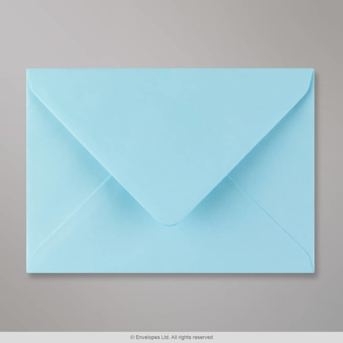 Sobre azul pastel de 125x175 mm