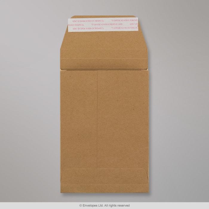 Manillanruskea sivulevikkeellinen läpällinen kirjekuori 162x114x25 mm (C6)