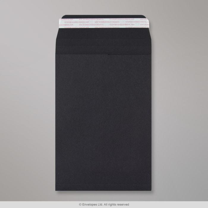 Schwarze Post Marque Faltentasche 229x162x25 mm (C5)
