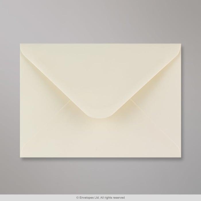 Elfenbeinfarbener Briefumschlag 133x184 mm