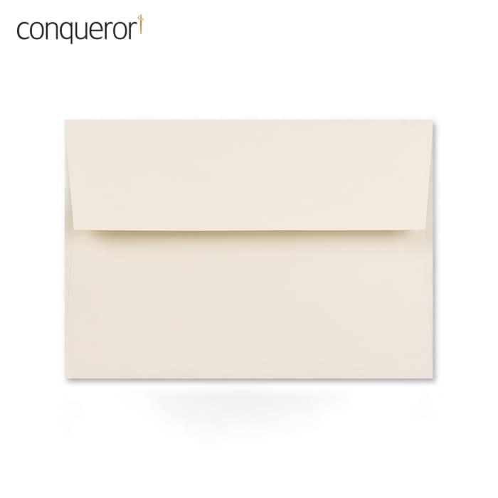 114x162 mm (C6) Krémová obálka Conqueror