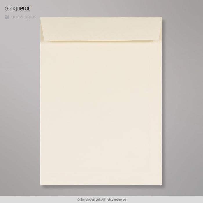 324x229 mm (C4) Krémová obálka Conqueror