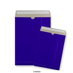 Blauwe kartonnen enveloppen