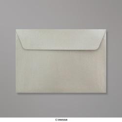 114x162 mm (C6) Strieborná perleťová obálka