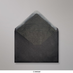 114x162 mm (C6) Čierna obálka vystlaná čiernym luxusným papierom