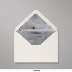 114x162 mm (C6) Slonovinová obálka vystlaná striebornou fóliou