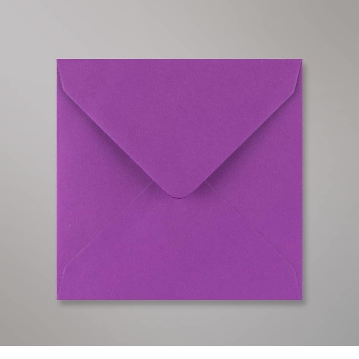 Enveloppe violette 130x130 mm