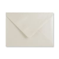 PEARLESCENT OYSTER WHITE 125 x 175 mm ENVELOPES (i6)