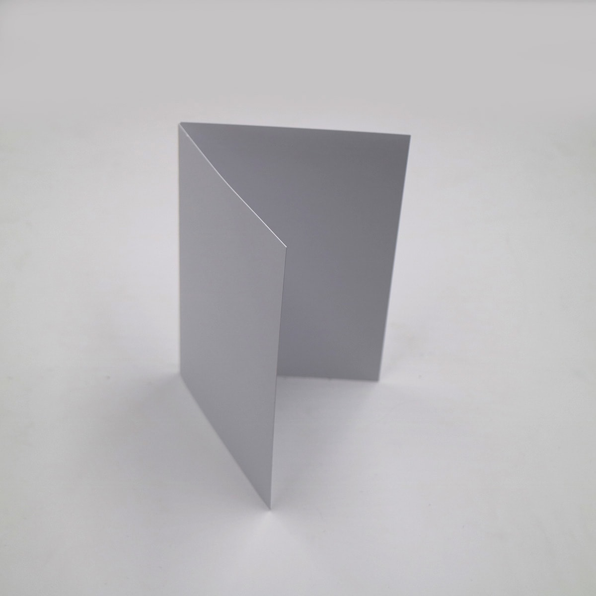 A6 WHITE FINE LINEN SINGLE FOLD CARD BLANKS 300GSM