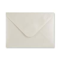 PEARLESCENT OYSTER WHITE 133 x 184mm ENVELOPES (i8)