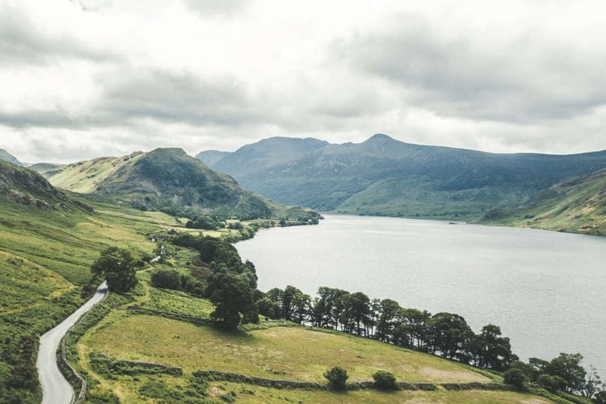 hiking experience cumbria lake district-