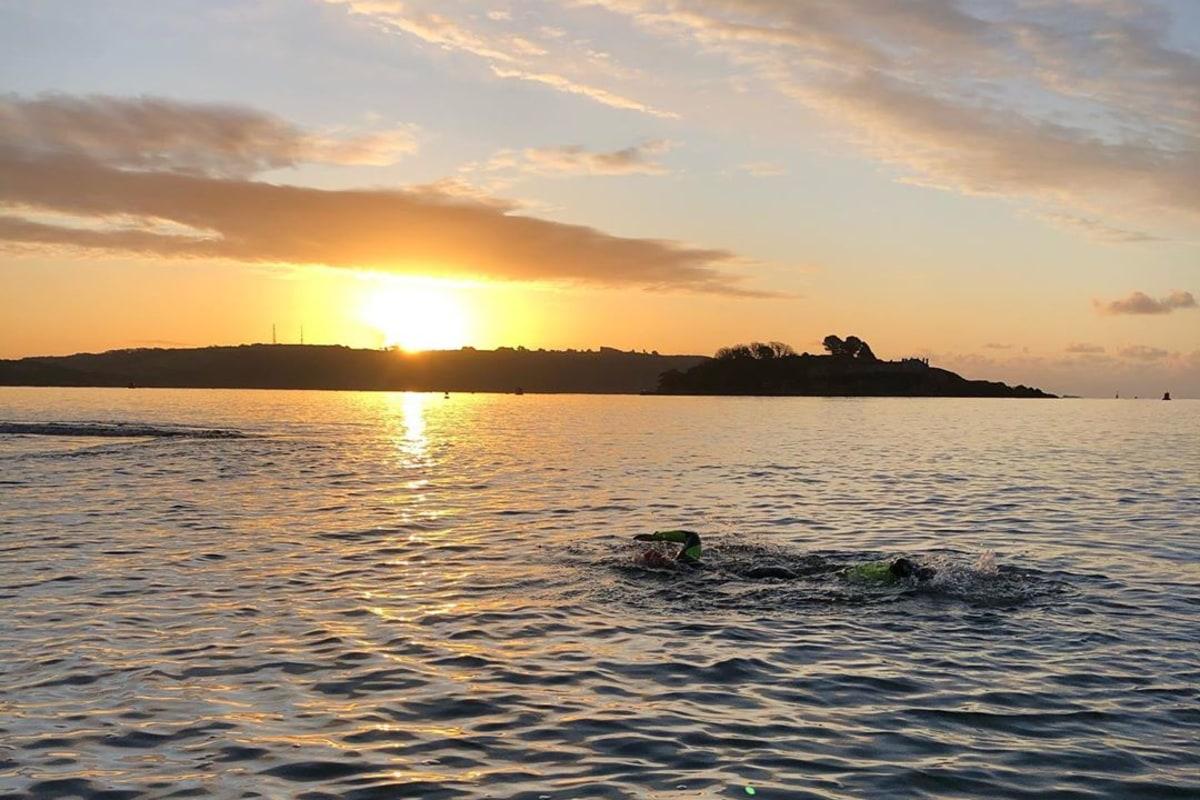 10 fitness activities swim