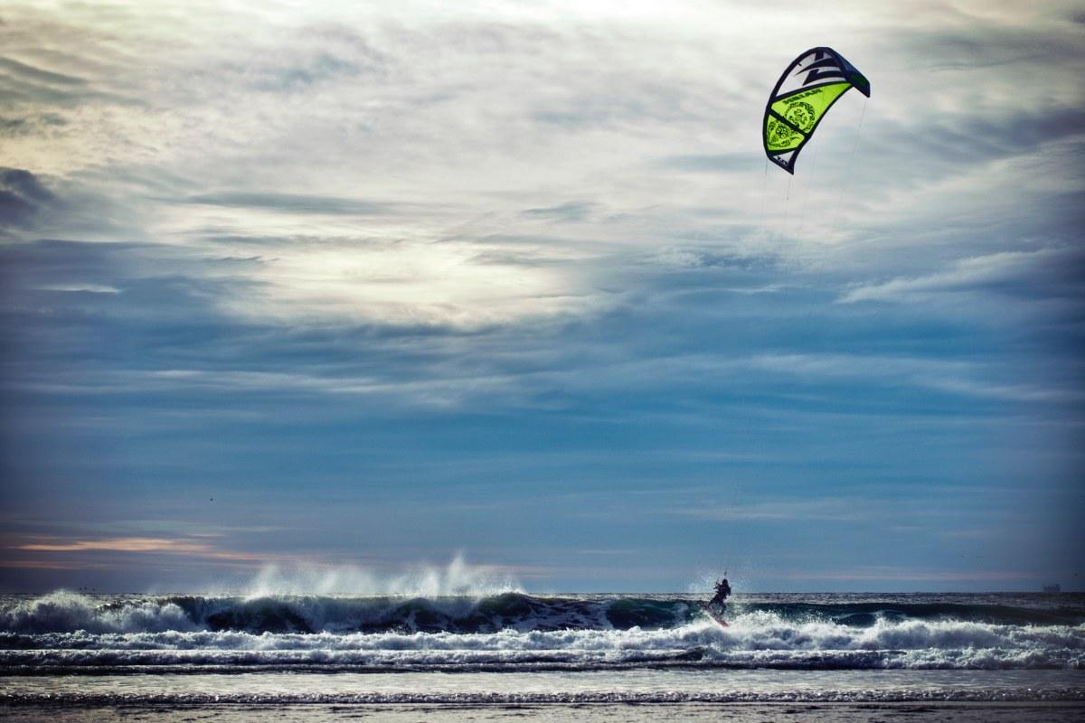 Get Kiteboarding kitesurfing on open sea