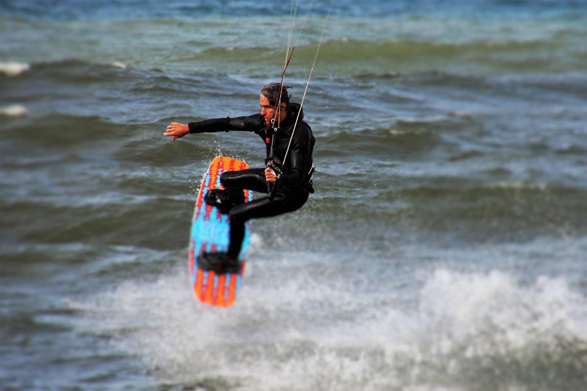 Get Kiteboarding Kitesurf