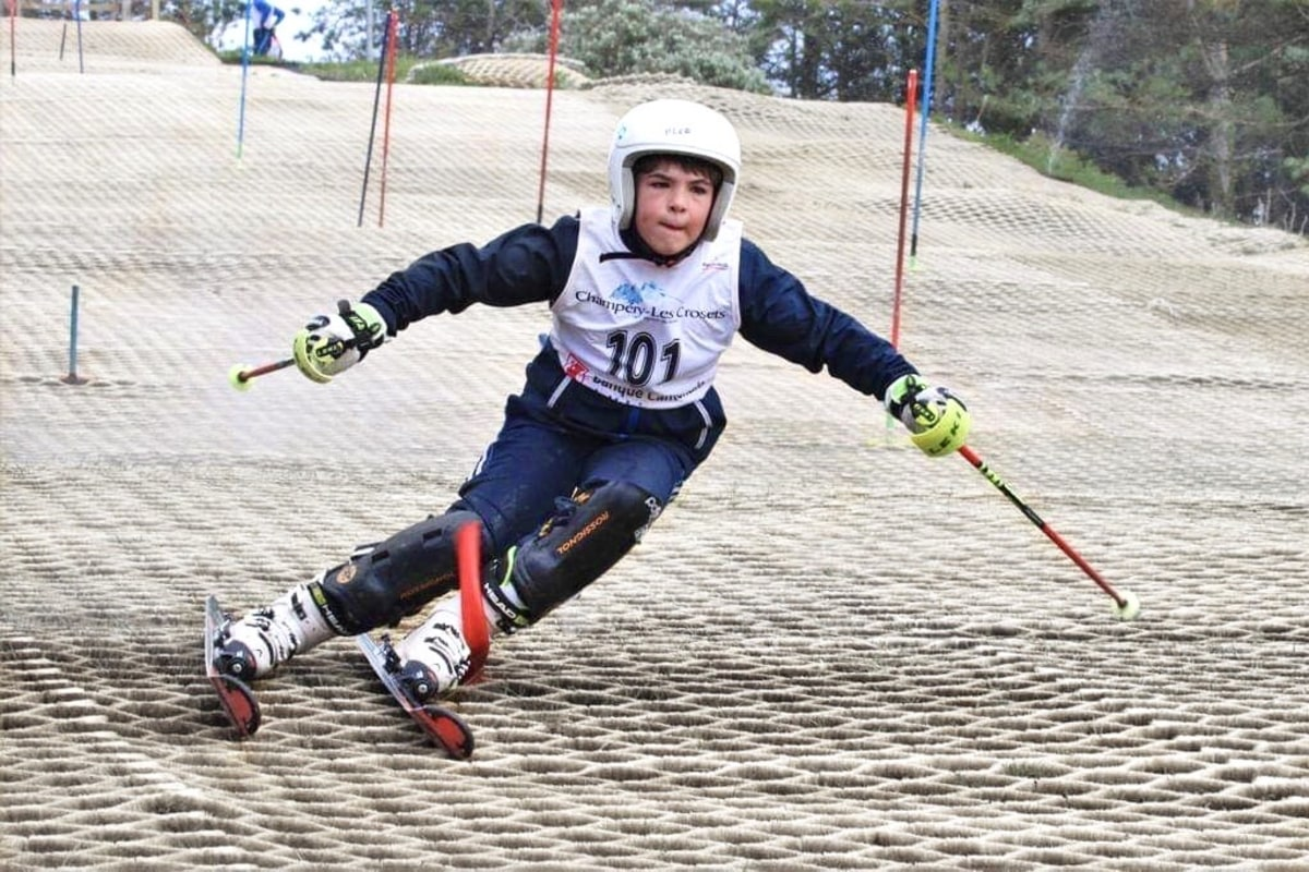 Book now skiing with Cardiff Ski and Snowboard Centre