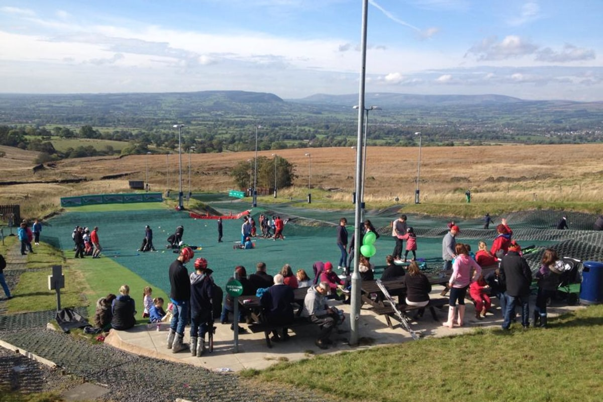 Book now Skiing with Pendle Ski Club