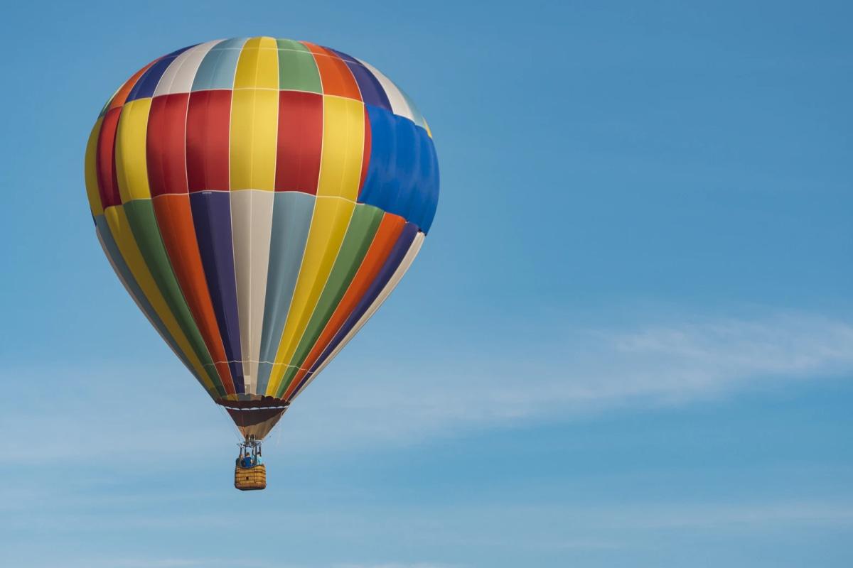 Book now a hot air balloon ride