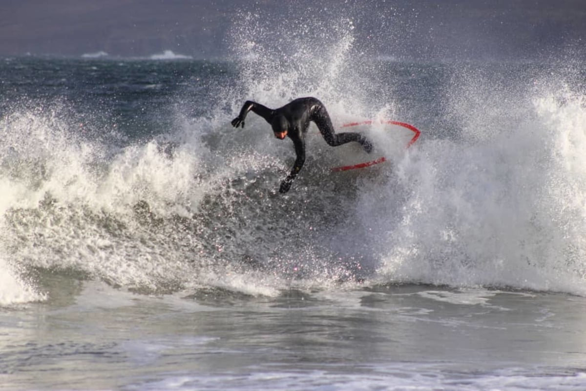 Book now a surfing session