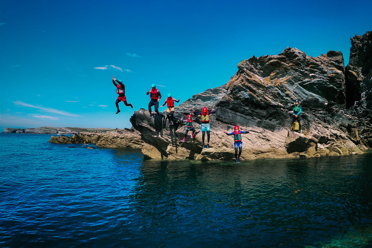 Book a coasteering session now